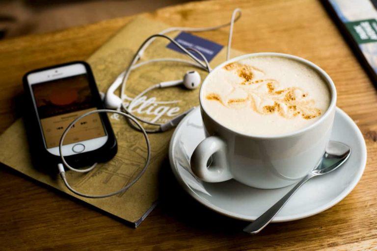 Subiektywny przegląd 5 aplikacji do słuchania podcastów